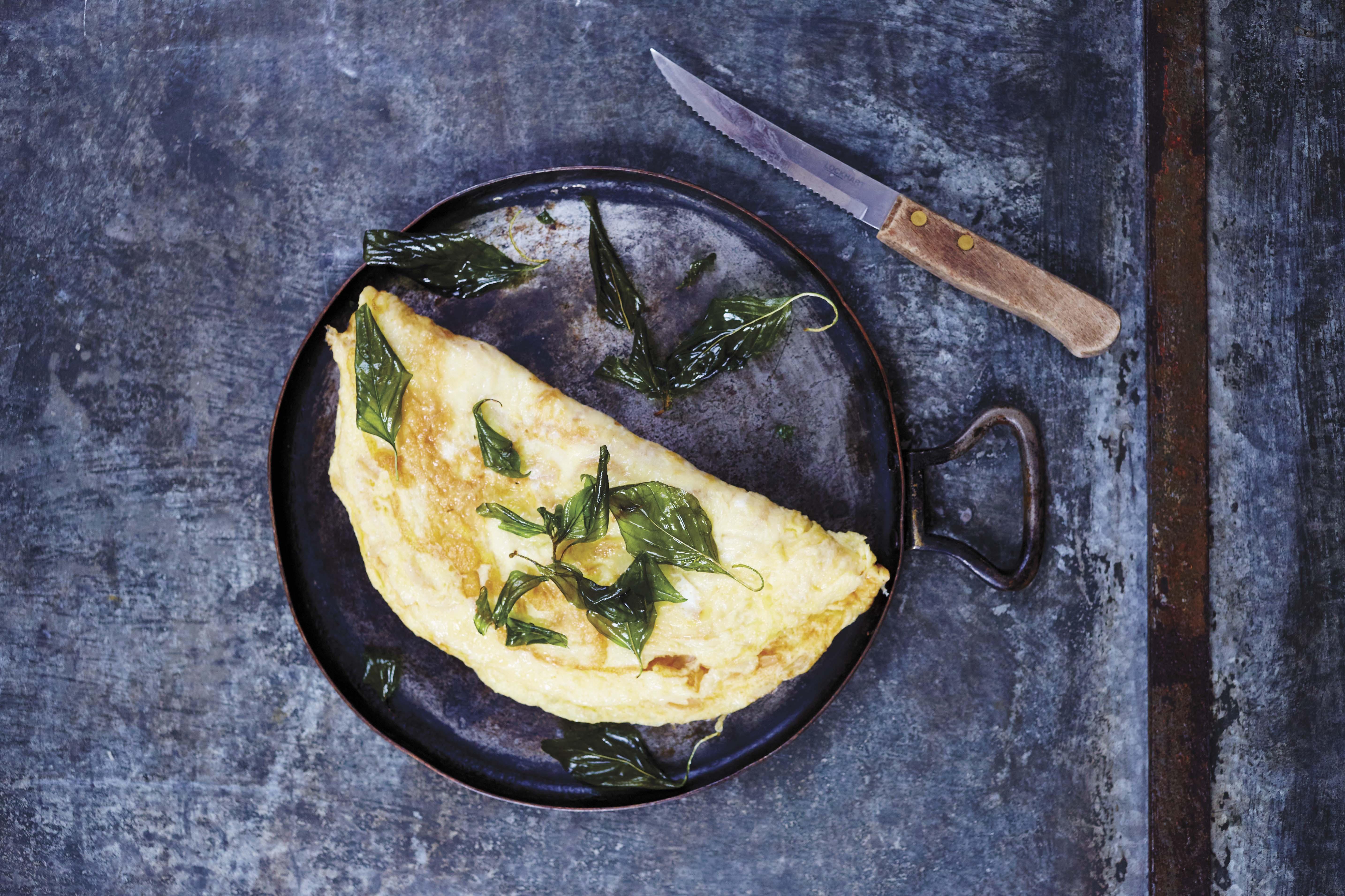Preserved Radish Omelet with Crispy Basil