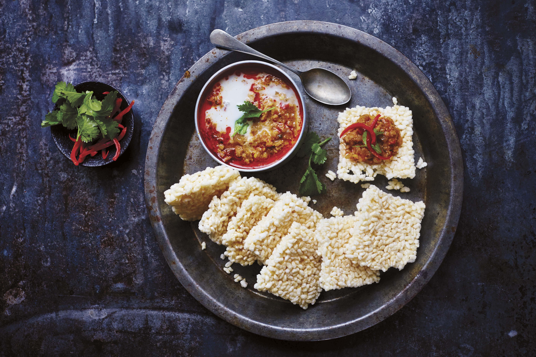 Rice Crackers with Pork-Shrimp-Coconut Dip