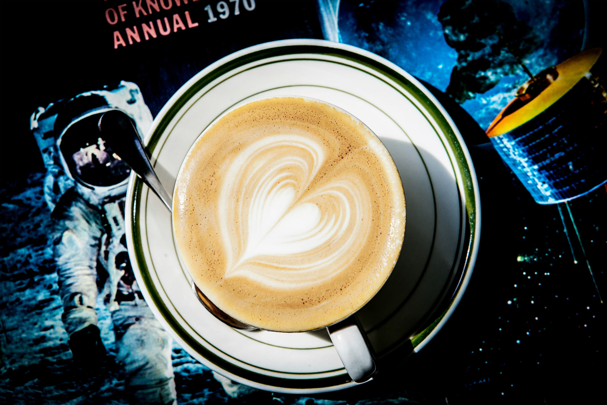 Flat White in space FINAL