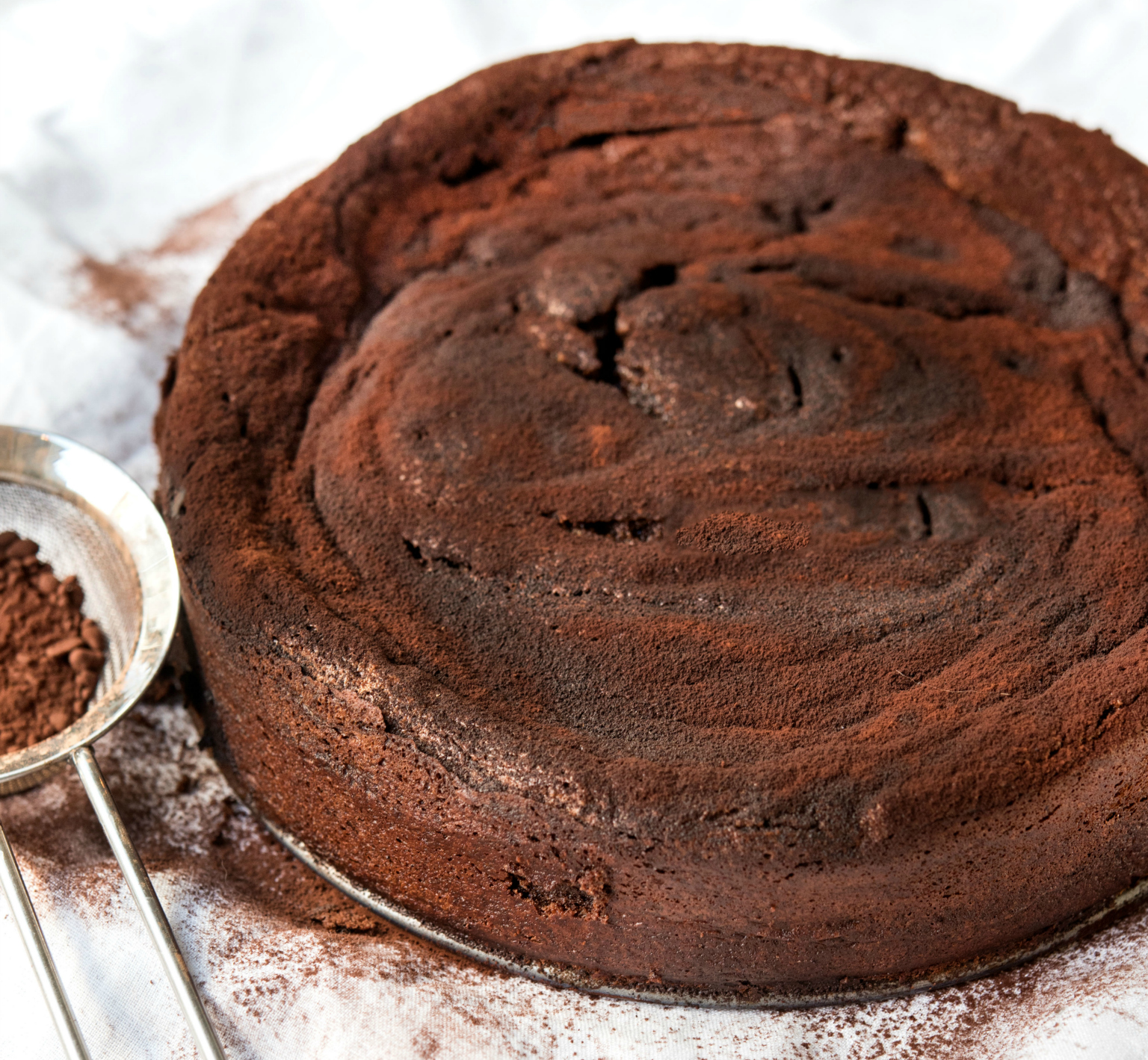 LEAD-Flourless-chocolate-cake-3580