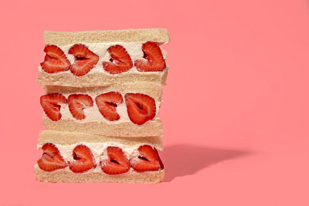Sandwich Your Strawberries