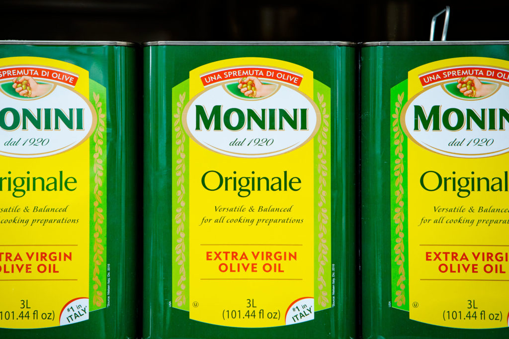 The Multimillion-Dollar Junkets That Introduced Americans to Olive Oil
