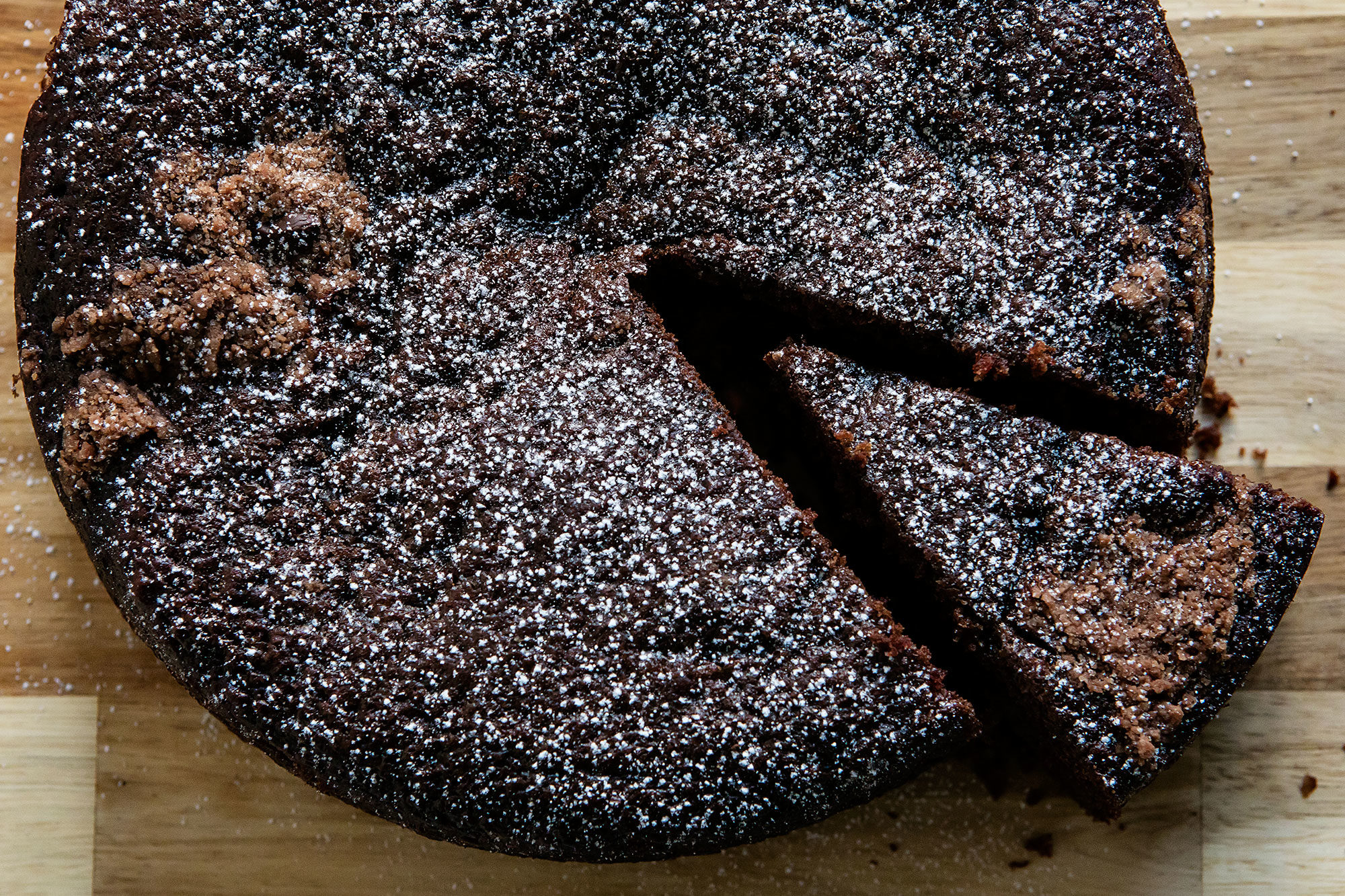 Article-Snacking-Cake-Easy-Chocolate-Dessert-Recipe
