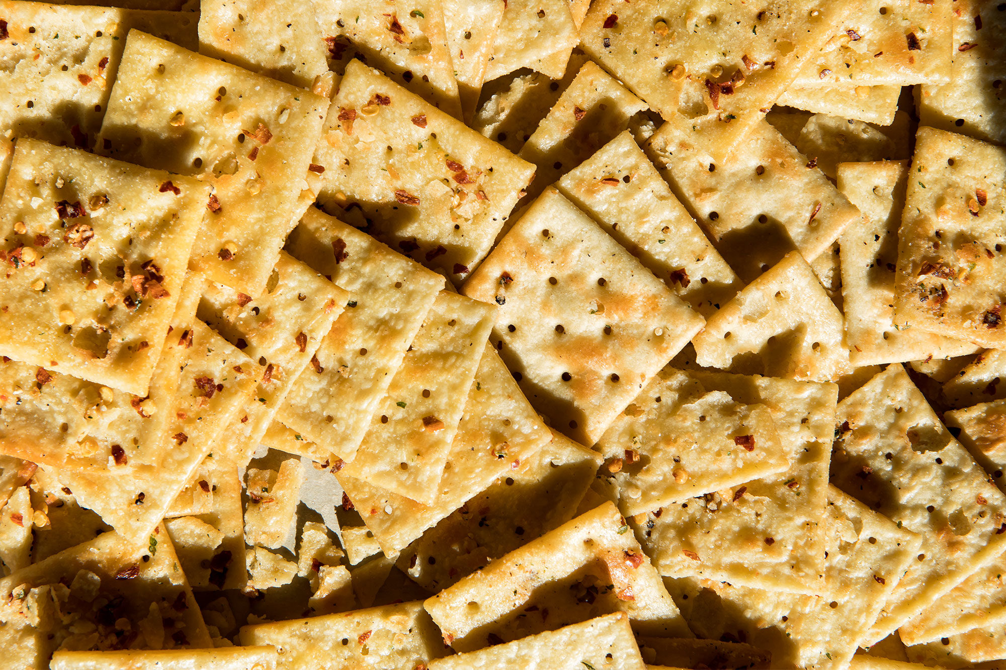 Article-Alabama-Firecrackers-Southern-Saltines-Recipe