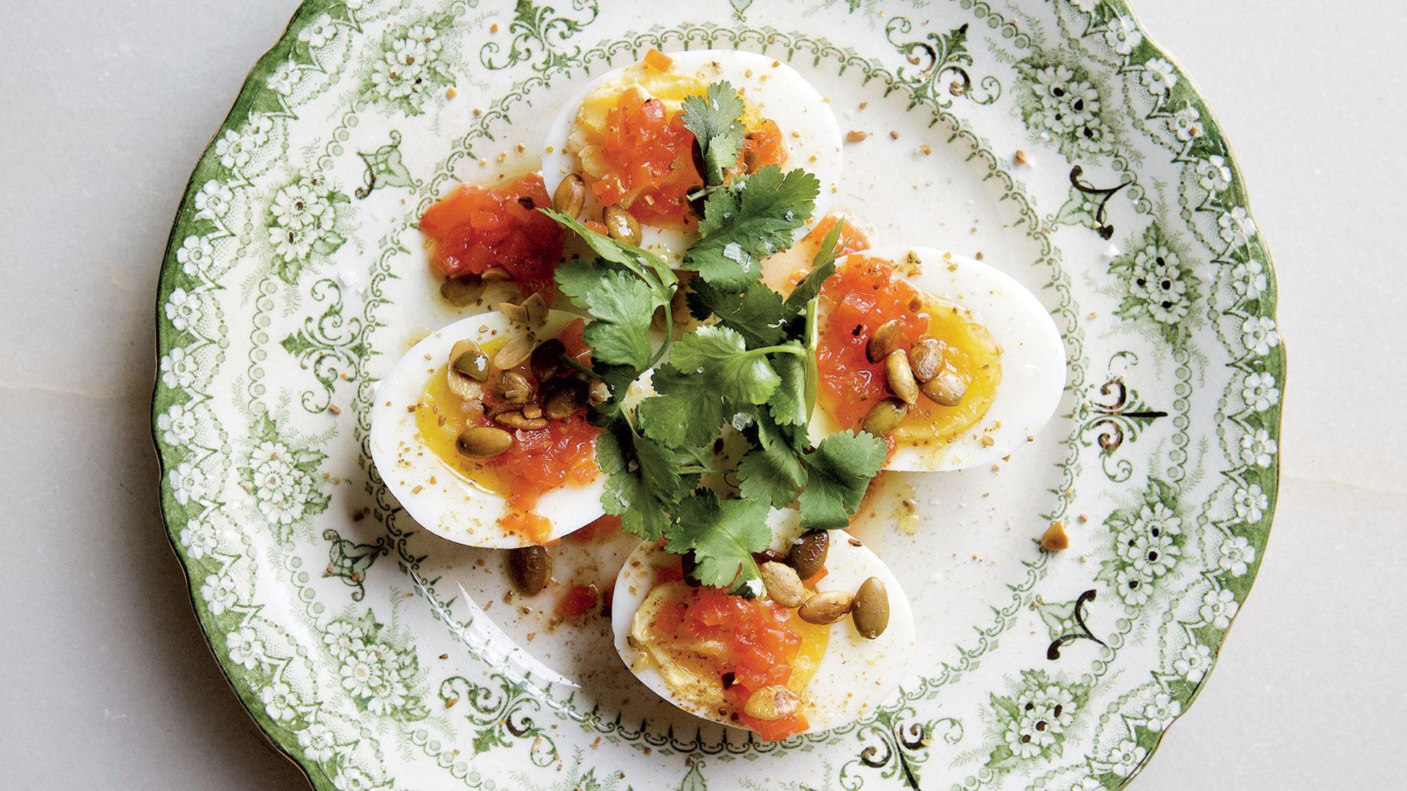Article-How-to-Dress-an-Egg-Cookbook-Ned-Baldwin-Peter-Kaminsky