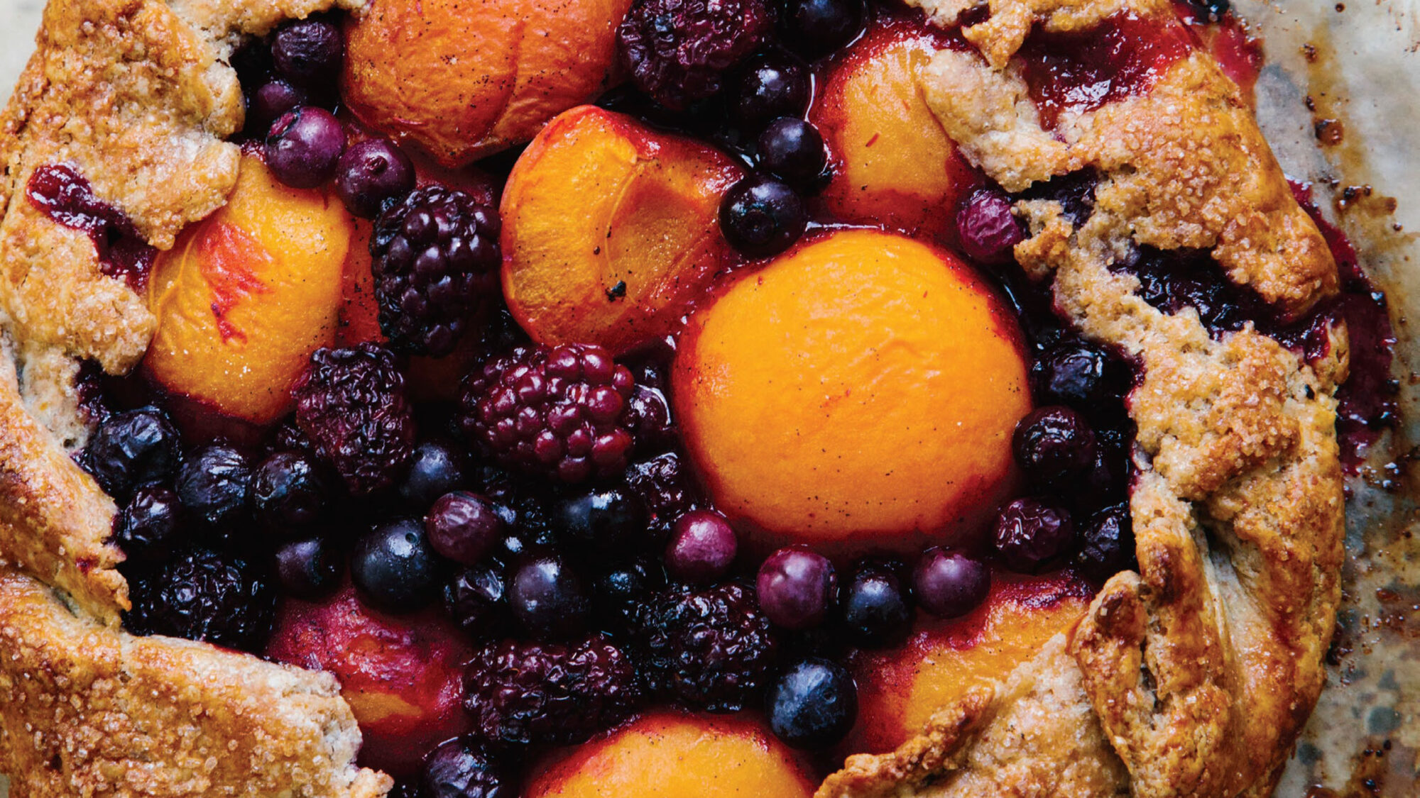 Article-Apricot-and-Berry-Galette