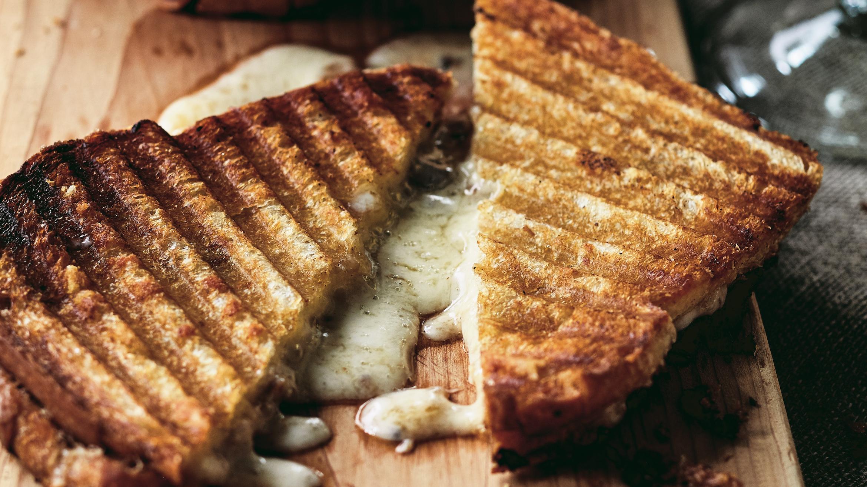 Cheddar Chutney Sandwich