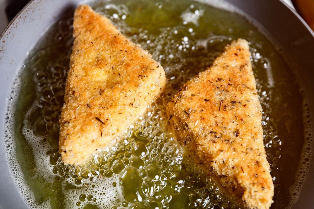Mozzarella en Carozza recipe
